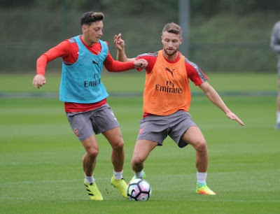 PICTURES: Mustafi And Lucas Train With Arsenal For The First Time