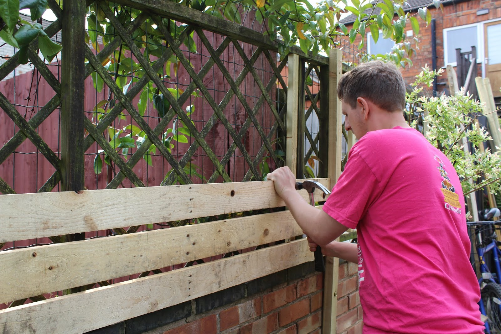 Budget Slat Fences made from Pallets