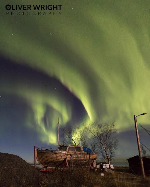 Aurora polar super intensa - Oliver Wright