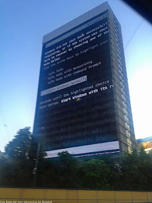 Wenn alles kaputt ist - lustige Computer Fehler Fotos