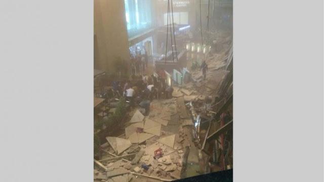 Selasar atap di tower II Gedung Bursa Efek Indonesia (BEI), Sudirman, Jakarta Selatan ambruk, Senin (15/1/2018) sekira pukul 12.10 WIB.