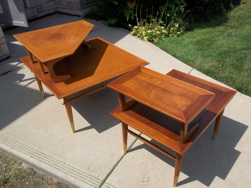 Lane Mid Century Heywood Wakefield Style End Table Corner