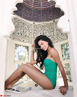 DIIPA KHOSLA Sexy Indian Model Huge Tits Side Boobs Exposed Bra Less tops Bikini ASS