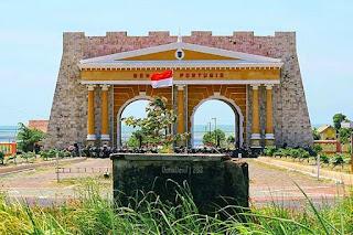 Gerbang Aikon Benteng Portugis Jepara