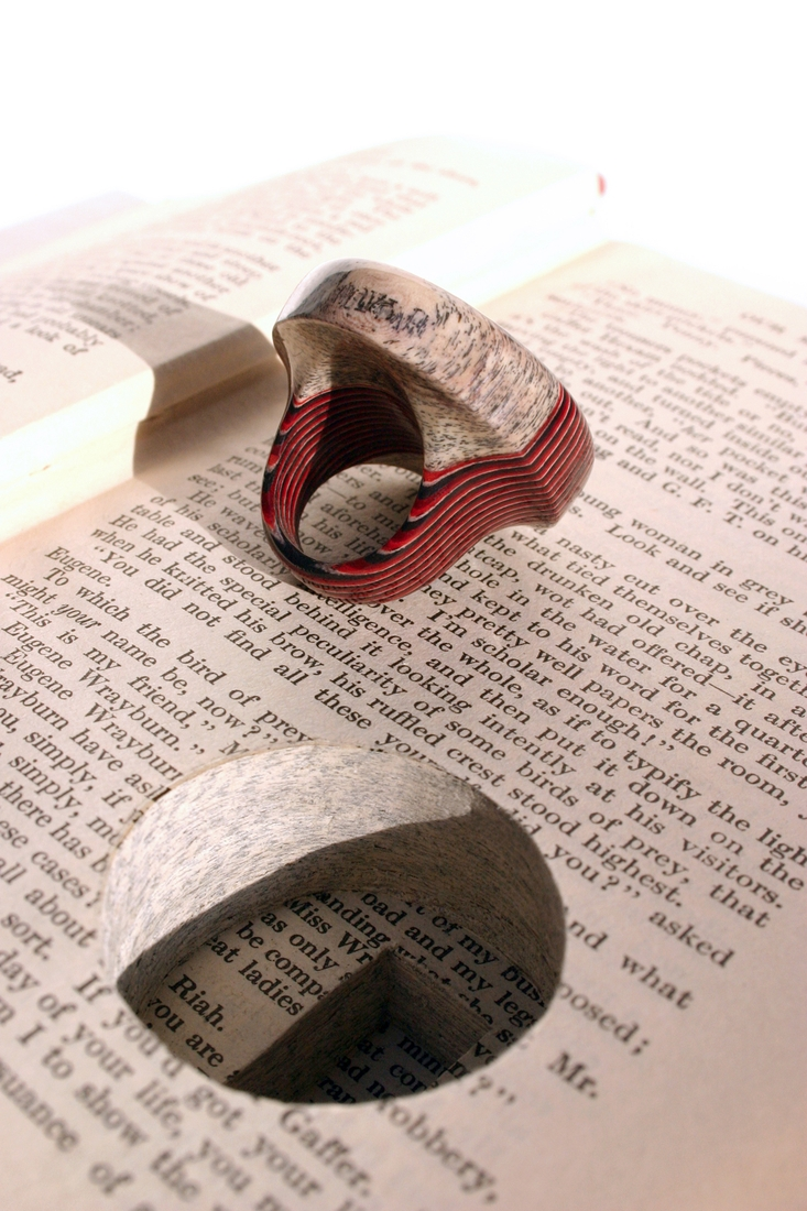 06-Jeremy-May-Artistry-and-Innovation-with-Paper-Jewelry-Rings-www-designstack-co