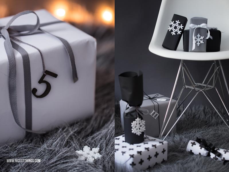Weihnachtsgeschenke verpacken mit Schneeflocken Geschenkanhängern aus Bügelperlen