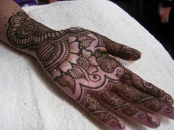 Special Eid Mehndi Designs For Hands & Mehndi