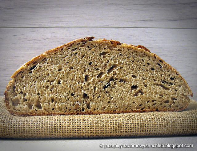 Niemiecki chleb farmerski, żytnio-pszenny