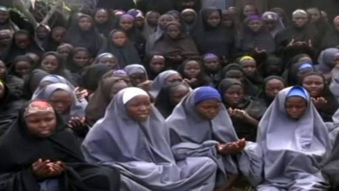 Nigeria Chibok girls: Eighty-two freed by Boko Haram
