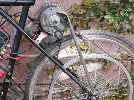 Utility Cycling Technology Hauling Bricks