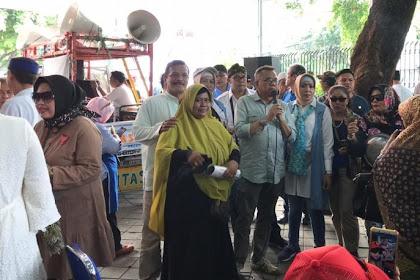 Emak-emak Demo di Kantor KPU, Arief Budiman Didesak Mundur