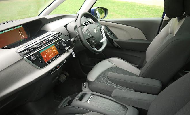 Citroen C4 Picasso front seats