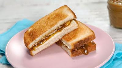 kaya toast - roti bakar