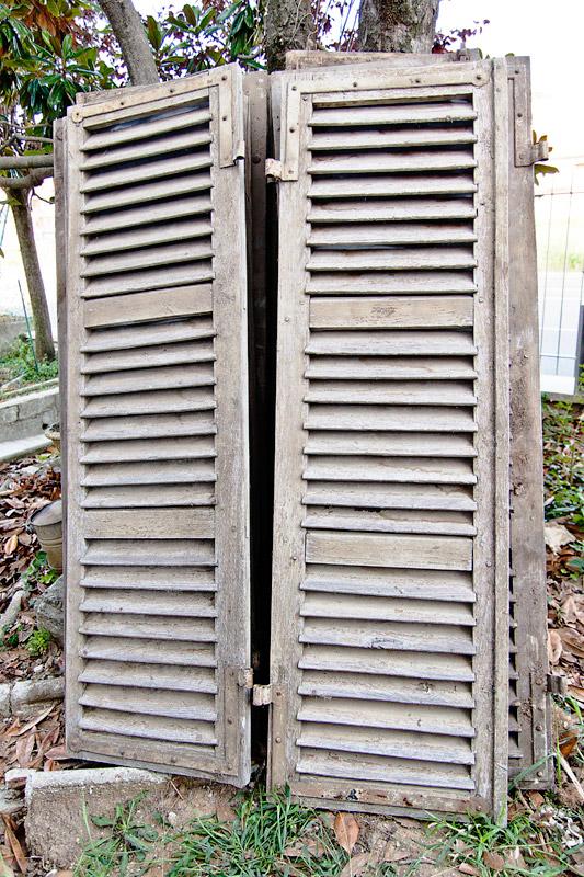 Ante a persiana per armadi a muro cool bambino di legno for Ante a serrandina su misura