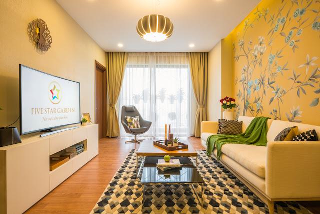 Phòng khách căn hộ Five Star Garden (ảnh thực tế nhà mẫu)