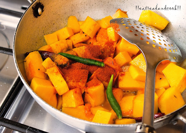 how to cook bengali style narkel kumro recipe