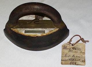 setrika listrik dibahas dari sejarah, tips memilih dan merawatnya
