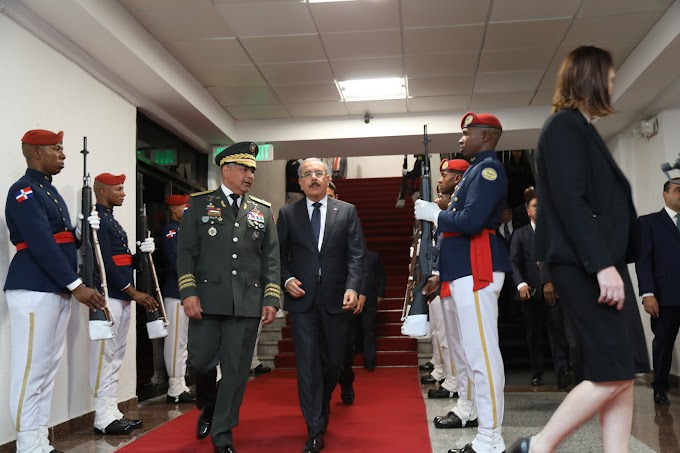 Tras productiva agenda de trabajo en Italia, presidente Danilo Medina regresa al país