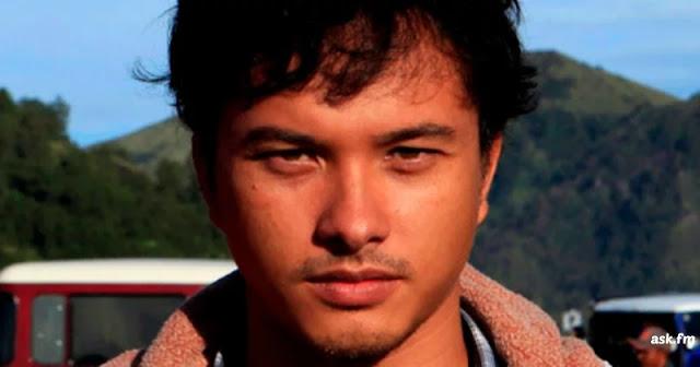 Hilangnya Foto-foto Nicholas Saputra di Flores