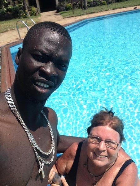 Black guy and his white grandma lover shut down the Internet with their romance