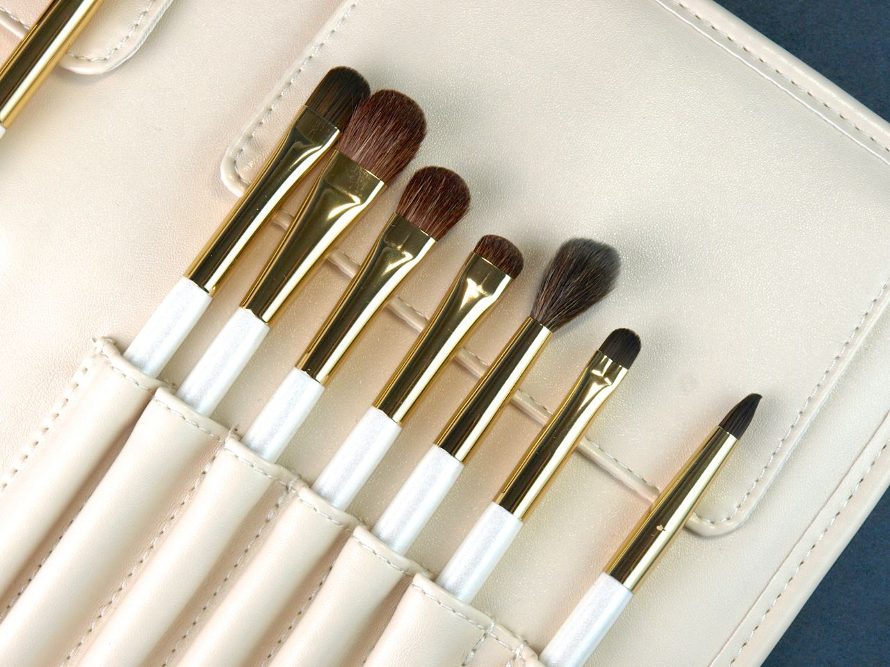 PRO Bent Liner Brush #23 by Sephora Collection #9