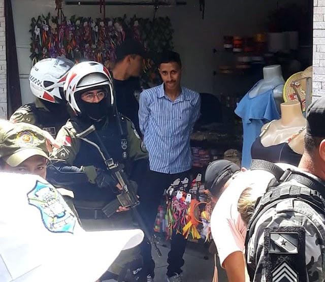 Polícia - Assaltante faz refém no centro de Capanema na manhã desta segunda (17)