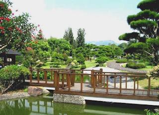 Taman Jepang Wisata Taman Bunga Nusantara