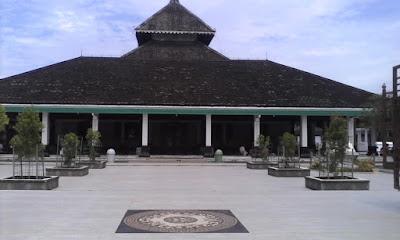 Kerajaan kerajaan islam pertama di Indonesia