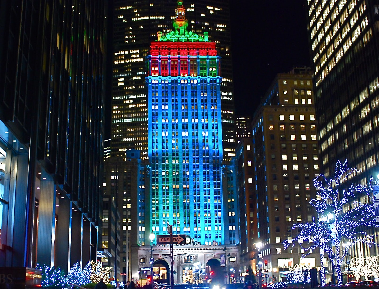Exterior: NYC ♥ NYC: The Helmsley Building Makeover