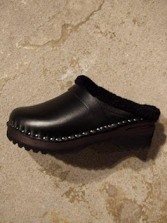 "TROENTORP/NEPENTHES ""Swedish Clog-Sheepskin Lining"""