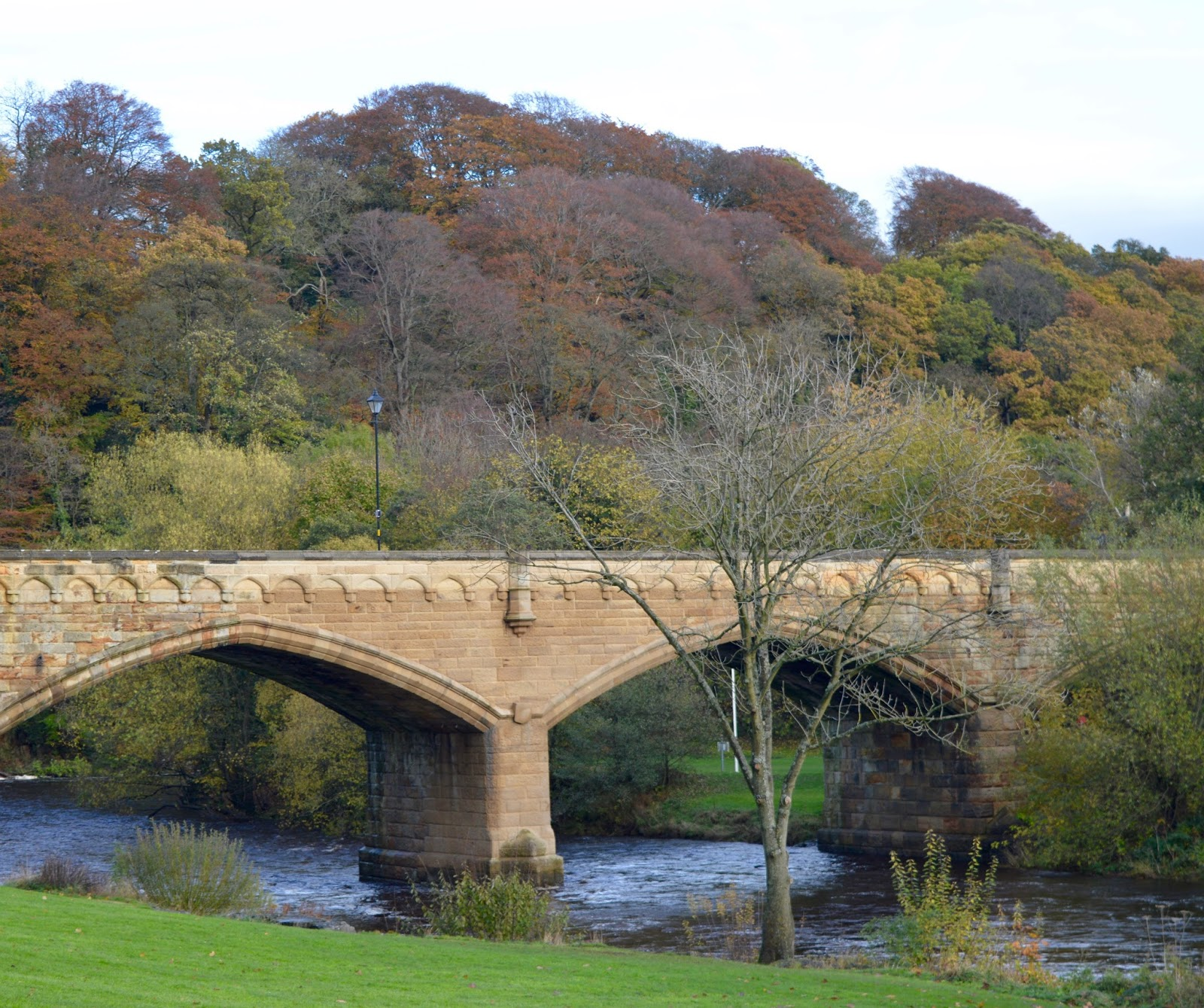 A weekend break in Richmond, North Yorkshire | What to do with the kids - A walk along the River Swale