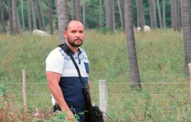 Grupo armado del CDG en convoy de al menos 20 camionetas asesina a mando mayor de la Policía Ministerial Investigadora  Screen%2BShot%2B2018-03-17%2Bat%2B05.32.40