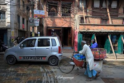 ネパール パタンの街中