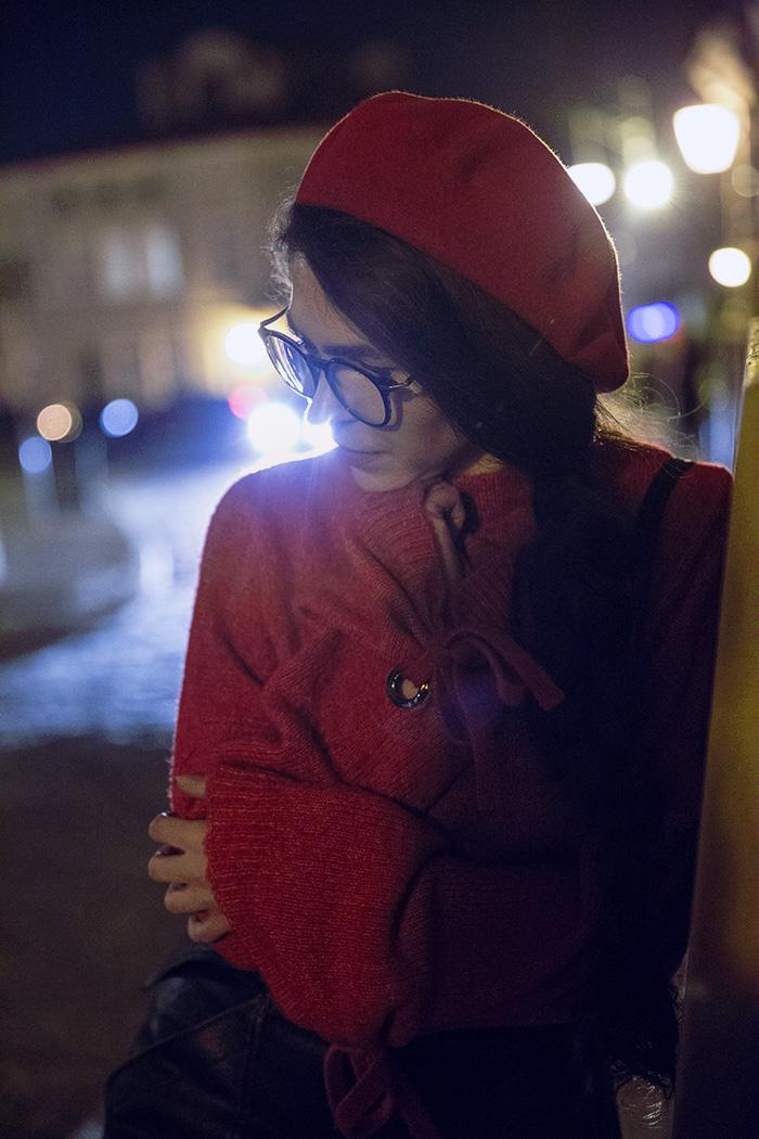 beret, czerwień, red, skirt,  stardivarius, night, Przemyśl, glasses, ocular canada, bershka beret, nightcity, red sweater bershka, french beret, moonlight, moon