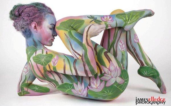 seni melukis tubuh atau body painting atau cat tubuh paling keren kreatif unik lucu dan menakjubkan-11