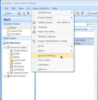 Login Outlook- Send Instant Messaging in Office 365