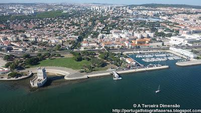 Lisboa - Belém - Torre de Belém e Doca de Pedrouços
