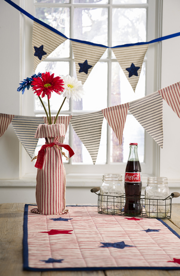 4th of July DIY Patriotic Table Runner by Katrina Hamer for @craftwarehouse