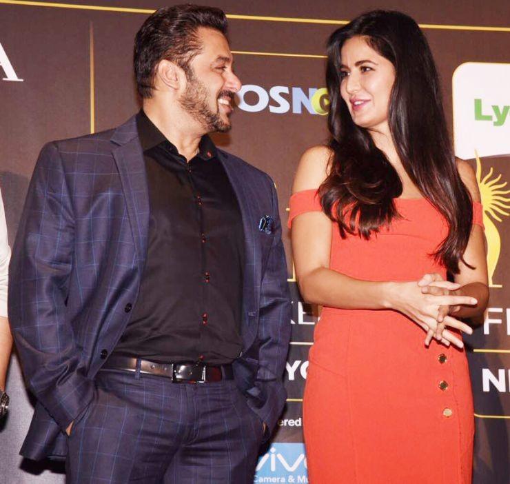 Salman Khan and Katrina at Event of IIFA