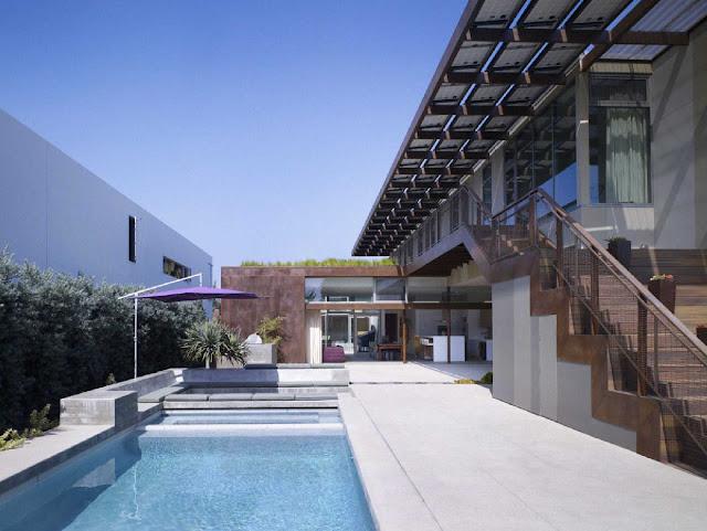 05 Yin-Yang House by Brooks + Scarpa Architects