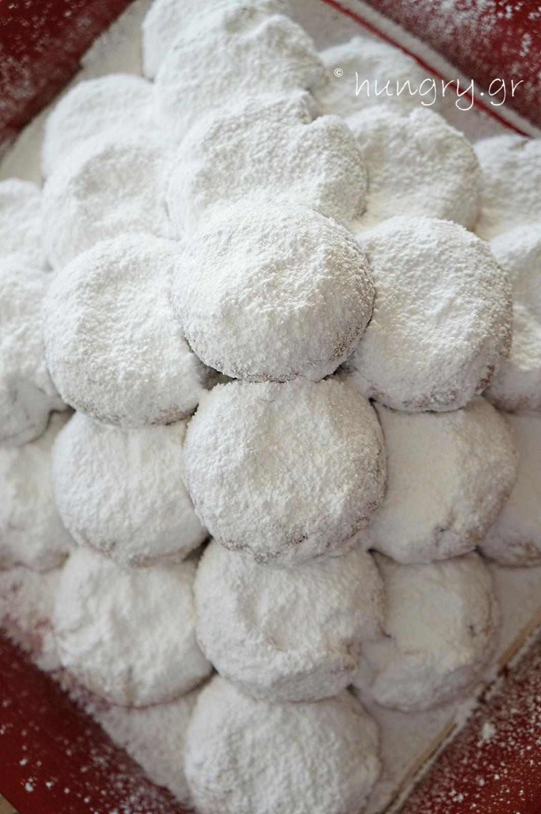 kourabiedes greek christmas butter cookies - Greek Christmas Cookies