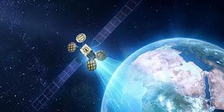 Satelit Facebook Meledak