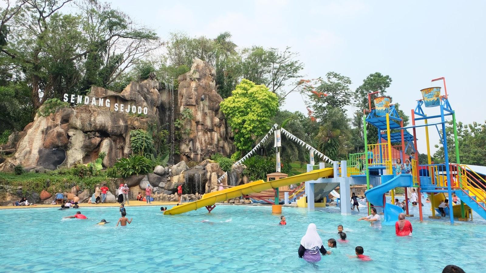 Ss Waterpark Kolam Renang Anak Terbaru Di Tmii Daily Life A Mom