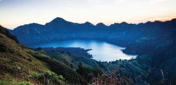 Gunung Rinjani - Pendakian Menuju Tahta Para Dewa