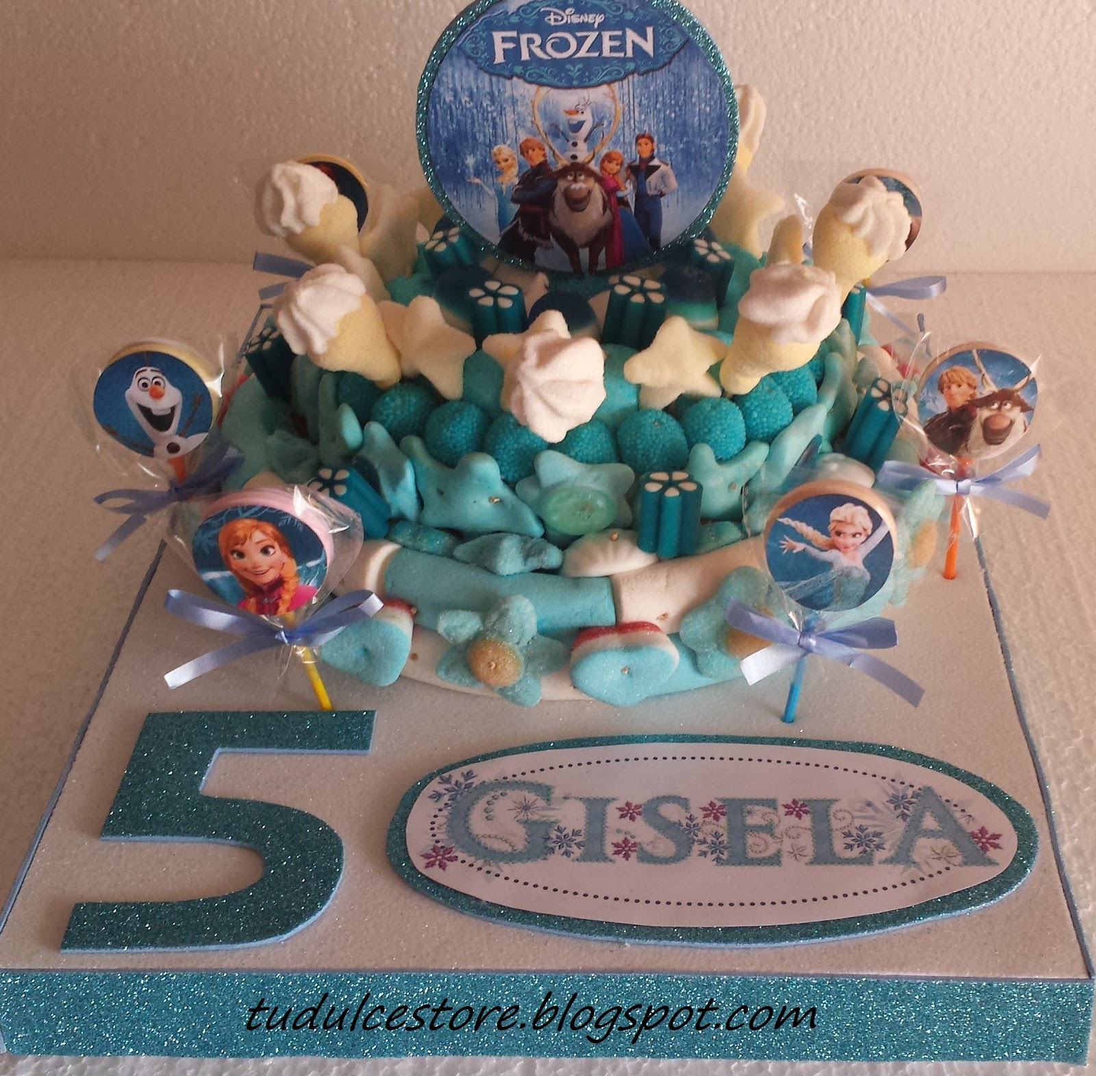 Dessin Ongle additionally 4102 additionally Tarta De Chuches Romantica Y Brochetas besides 128 also Tarta De Chuches Frozen Para Gisela. on halloween cupcakes