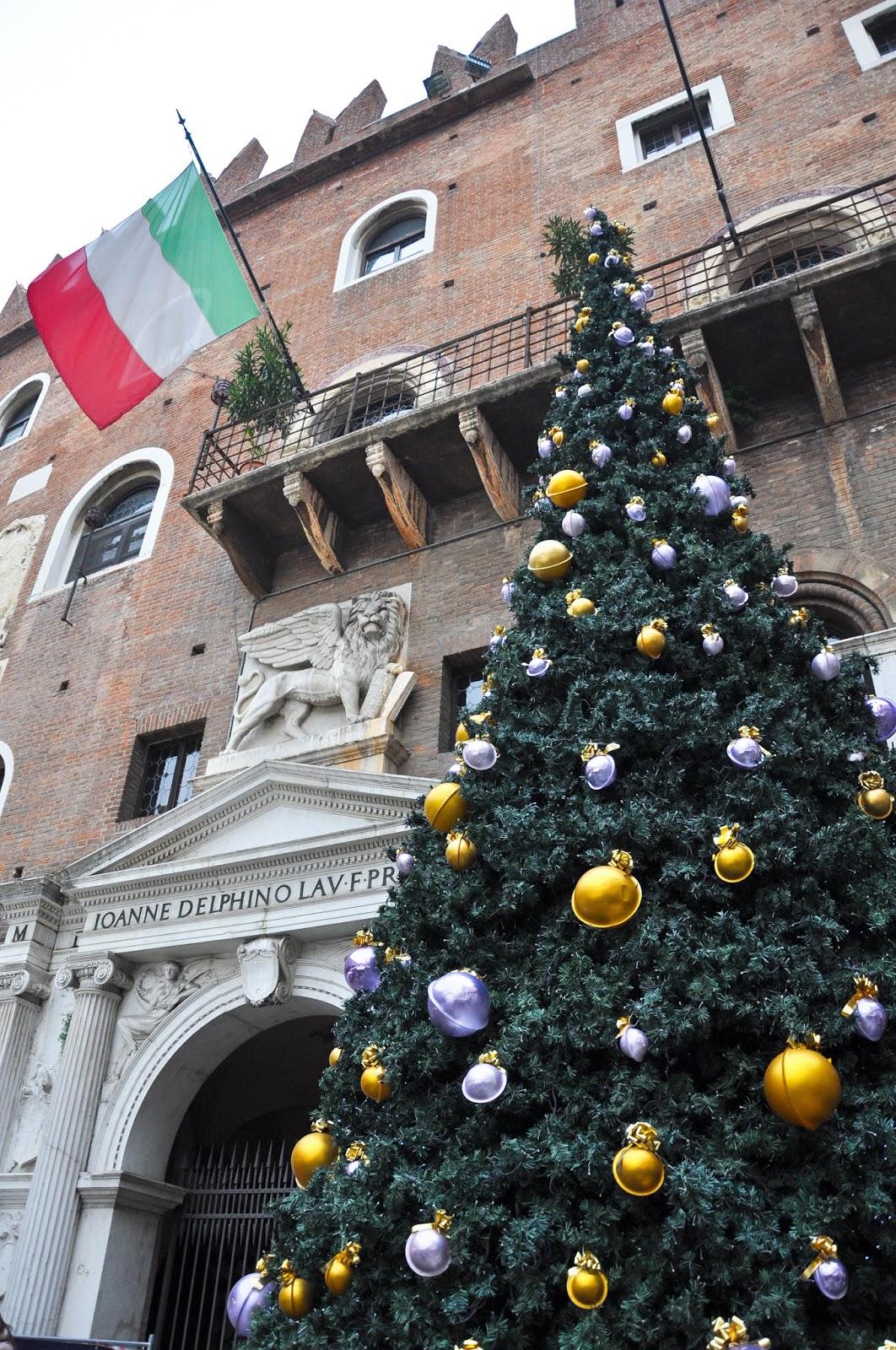 Christmas tree, Nuremberg Christmas market, Verona, Italy