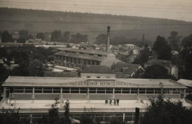 Tron et Berthet à Pont-Saint-Pierre - La selle Idéale. L'usine après les derniers aménagements de 1948