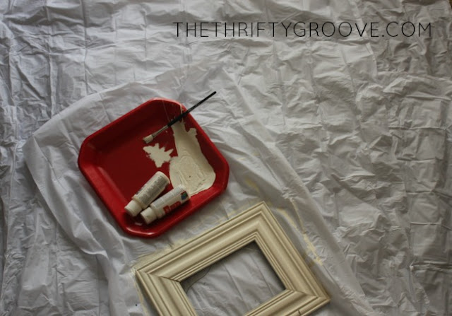 CUT A DOLLAR STORE SHOWER LINER INTO 4THS TO USE AS A CHEAP AND SIMPLE DROP CLOTH FOR MESSY PROJECTS. THRIFTY CRAFTING TIPS AT THETHRIFTYGROOVE.COM