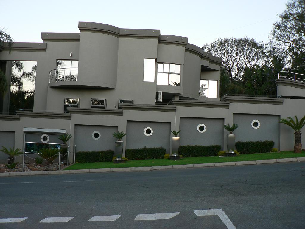 Julius Malema Anc Youth League South on Luxury Mountain Mansions