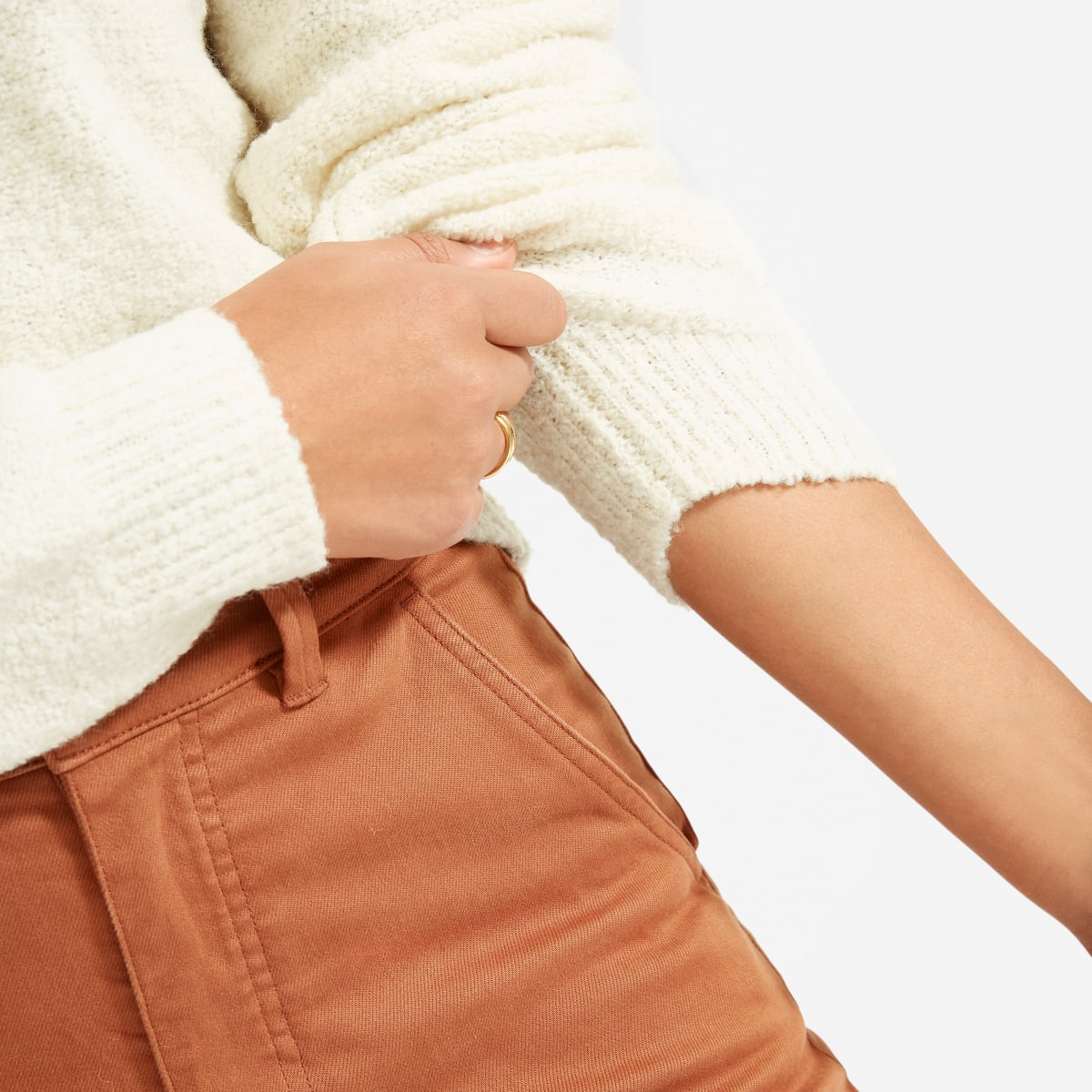 10 Must-Have Basics to Purchase From Everlane – Teddy Crew Neck Sweater